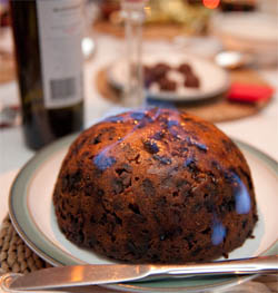 christmas pudding - British Christmas Traditions